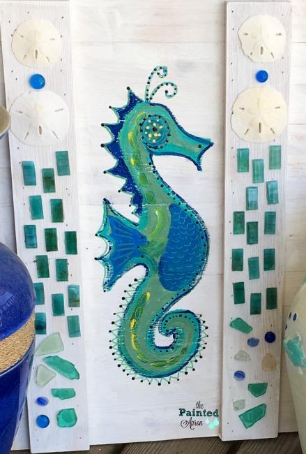 seahorse & shells
